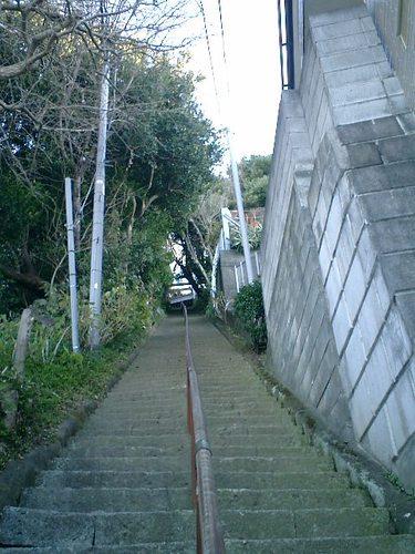 04) 神社への階段.JPG